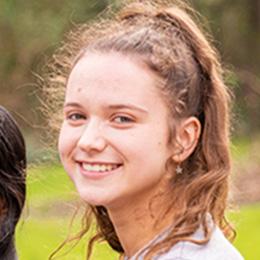 Emma W - MGGS Head Student